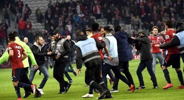 ফুটবল নিয়ে সহিংসতা : আলজেরিয়ায় ৮০ জনেরও বেশি আহত
