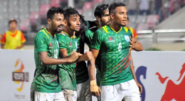 ভারতে মন জয়, এবার ওমান যাচ্ছে বাংলাদেশ ফুটবল দল