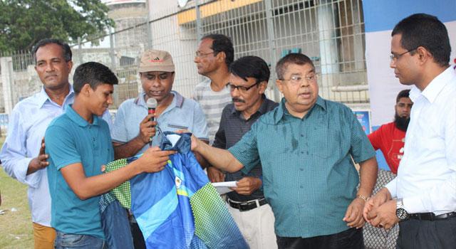 যশোরে অনূর্ধ্ব-১২ ক্রিকেট কার্নিভাল
