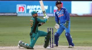 ভারতে ২৩৮ রানের টার্গেট দিয়েছে পাকিস্তান