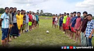 মাদকবিরোধী ফুটবলে বিবাহিতদের হারিয়ে দিল অবিবাহিতরা