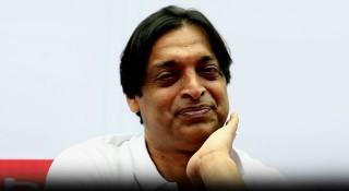 মজুত বন্ধ করুন : শোয়েব আখতার