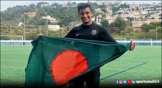 বাংলাদেশ ফুটবলে খেলার স্বপ্ন দেখেন কানাডা প্রবাসী তাহসিন