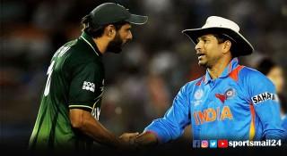পাকিস্তানের কাছে ক্ষমা চাইতো ভারতীয় ক্রিকেটাররা : আফ্রিদি