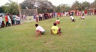 রাজবাড়ীতে প্রতিবন্ধীদের নিয়ে ফুটবল ম্যাচ
