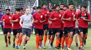সাফ ফুটবলে আজ ভারত-পাকিস্তান যুদ্ধ