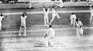 ক্রিকেট ইতিহাসে টেস্ট ম্যাচ টাই হওয়ার গল্প