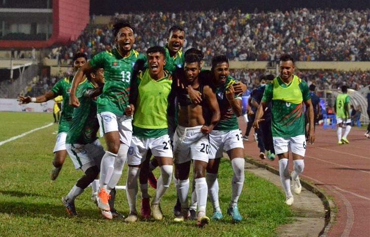 মুজিববর্ষ ফিফা আন্তর্জাতিক প্রীতি ম্যাচে শুক্রবার (১৩ নভেম্বর) নেপালের বিপক্ষে ২-০ গোলের জয় তুলে নিয়েছে বাংলাদেশ, ছবি : বাফুফে